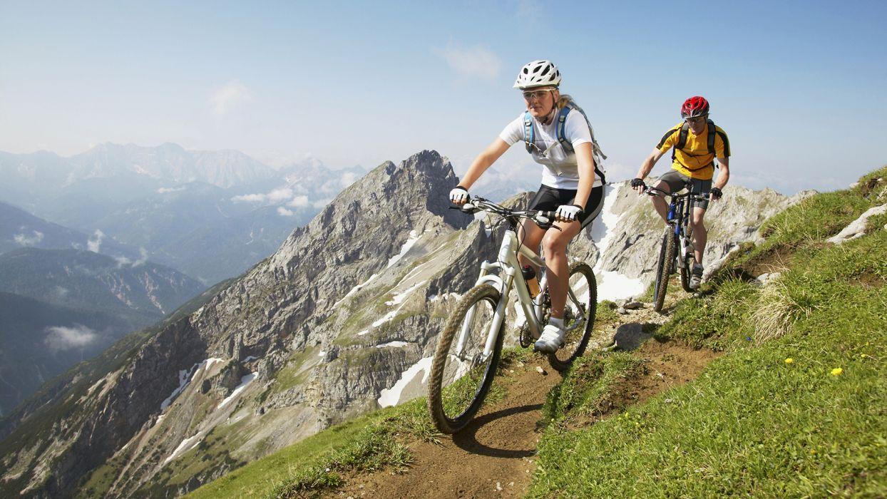 Top 5 des activités à faire cet été à la montagne : le VTT - CGH Résidences