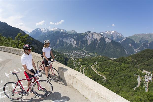 Les incontournables de l'Alpe d'Huez en été - CGH Résidences